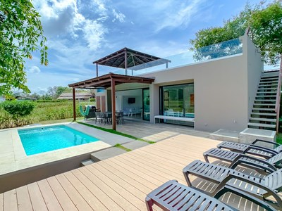 Private pool - Houses for sale near the beach in Costa Rica