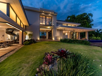 Luxurious Evening Settings at the Top of the Hill House for Sale in Puntarenas, Costa Rica