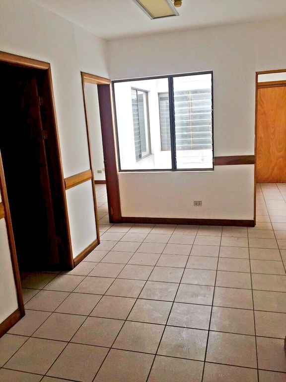 Local for rent in second floor San Jose Paseo Colon - RE/MAX ...