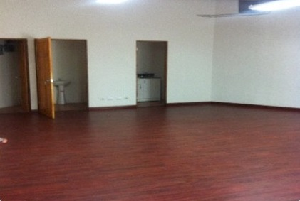 Strip Center Unit For Rent in Escazú