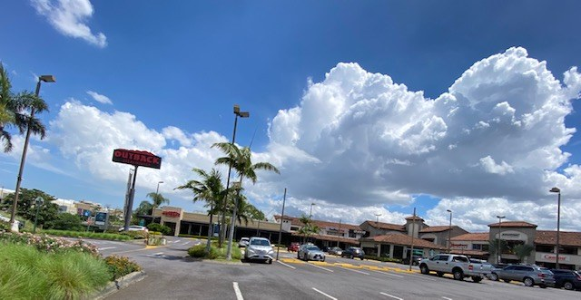Local Commercial for Rent Plaza Itscatzu