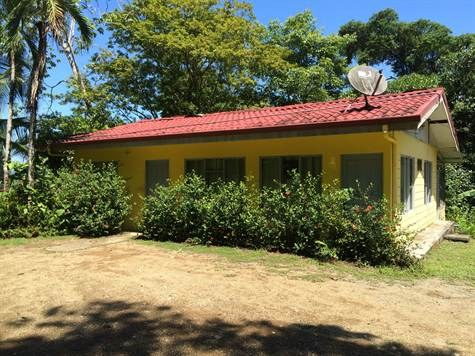 Uvita de Osa, FIRST TIME OFFERED, GREAT INVESTMENT OPPORTUNITY: FIRST TIME OFFERED, and priced to sell quickly.