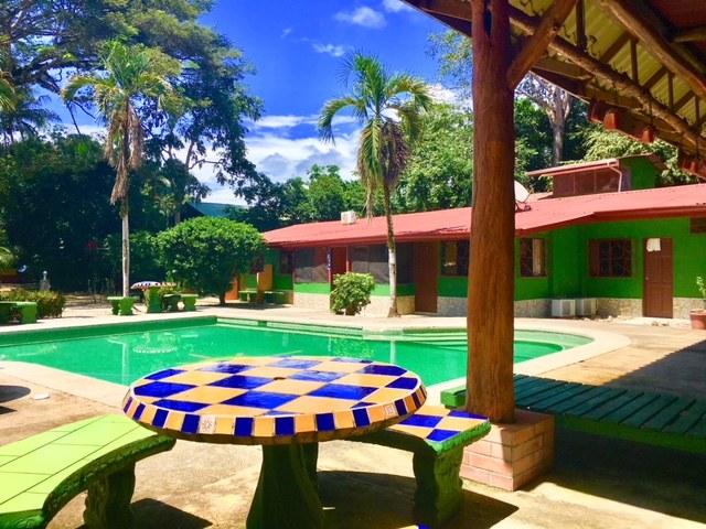 Sun Dancer: Hotel/Hostel