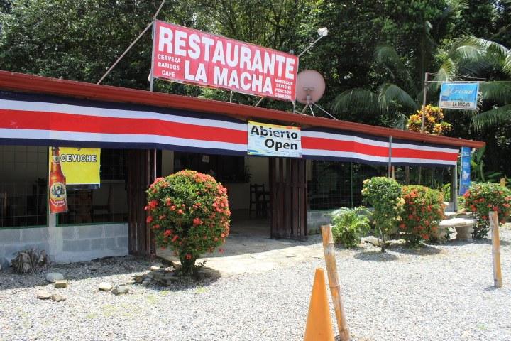 La Macha Restaurant: Near the Coast Restaurant For Sale in Dominicalito
