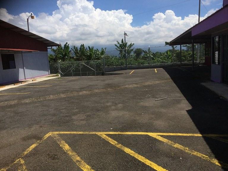 Warehouse for sale in San Miguel de Naranjo, Alajuela.  Motivated Seller... make your best offer today!