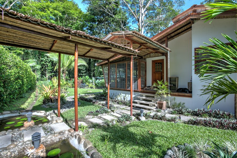 UVA BLUE VILLAS: FOR SALE - LUXURY - UVA BLUE VILLAS, CAHUITA - LIMON