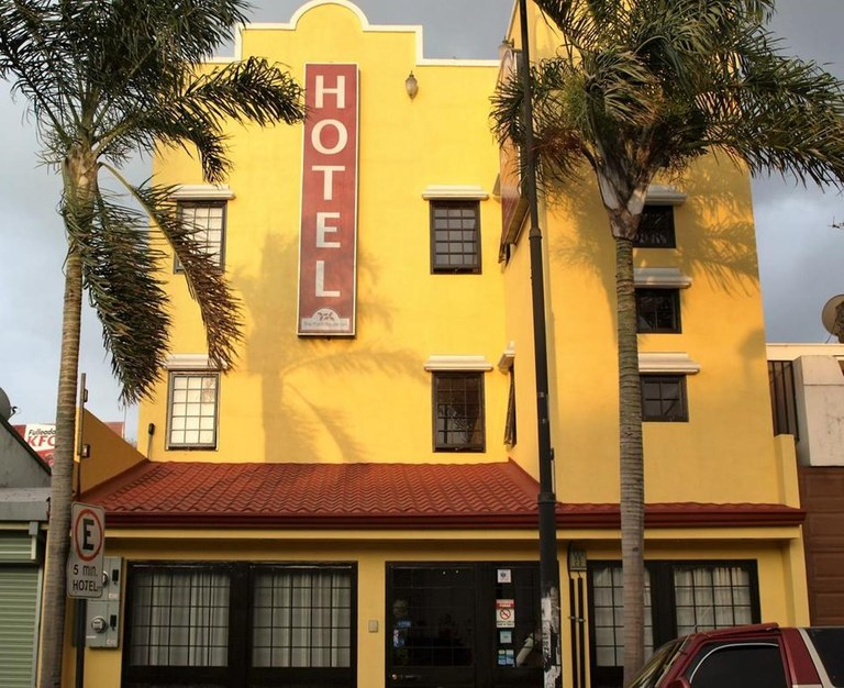 9338: For Sale in San Jose, 16 Room Hotel in the Heart of San Jose.