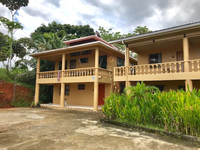 Oceanview Property in Bahia with a Three Bedroom Home, Two Storey Hotel and Cabinas