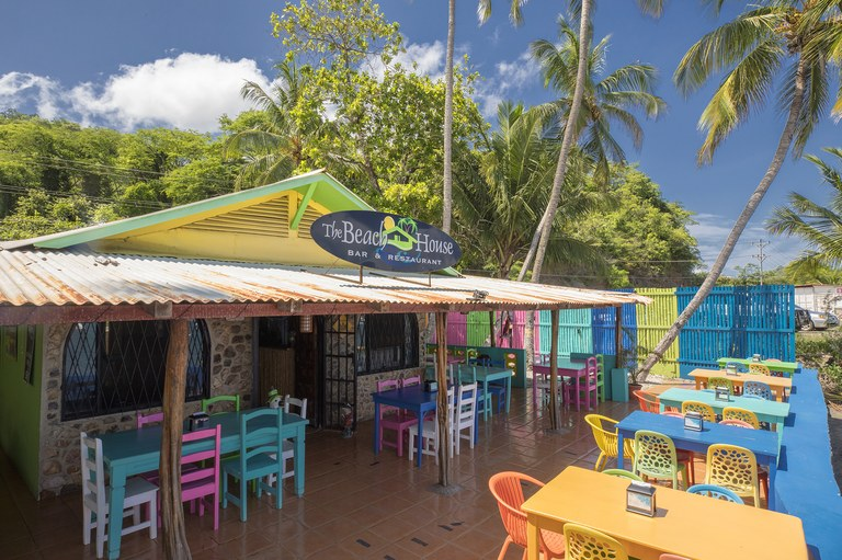 Beach House Restaurant: Restaurant for Lease on the Beach
