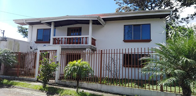 Se vende casa en Curridabat.: House For Sale in San Jose