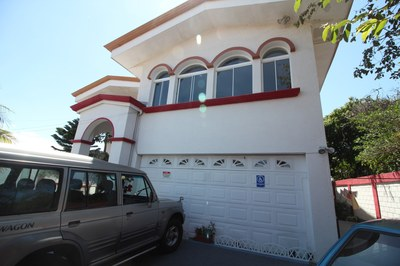 009-frente-448-se-vende-propiedad-comercial-venta-oficinas-escuela-nuevosHorizontesPropiedades.JPG
