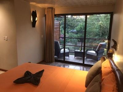 Zimmer 3.2x.jpg