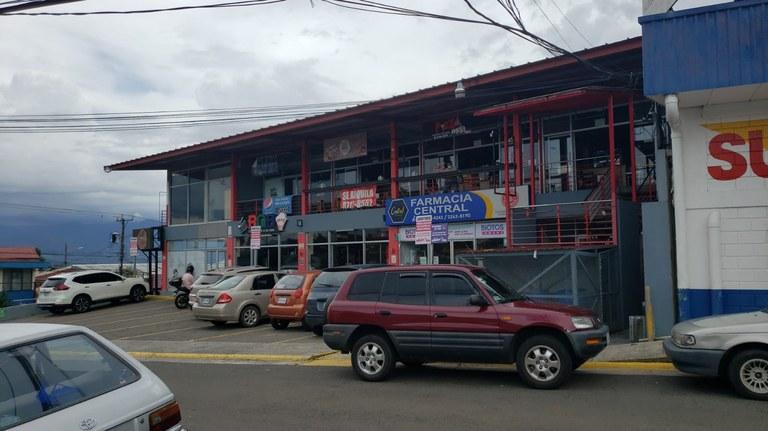 Retail Strip Center For Sale in San Pablo