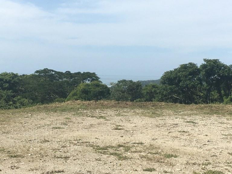 Samara Woods Lot 1: Se Vende Terreno para Construcción en la Montaña y Cerca del Mar en Playa Sámara
