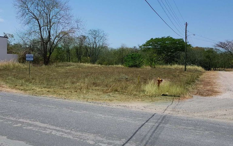 Playa Grande Estates-Lot B32: Home Building Site Near The Beach in a Residential Community