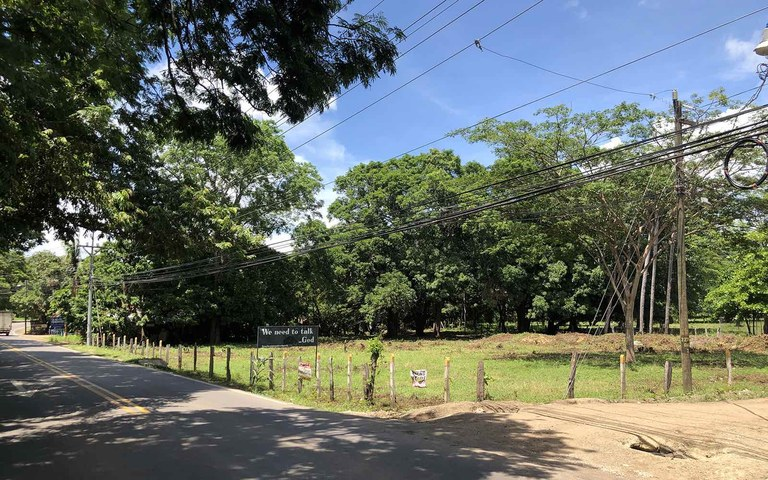 Brasilito Main Road Corner Lot: A Mixed Use Lot in a Prime Location Close To The Beach
