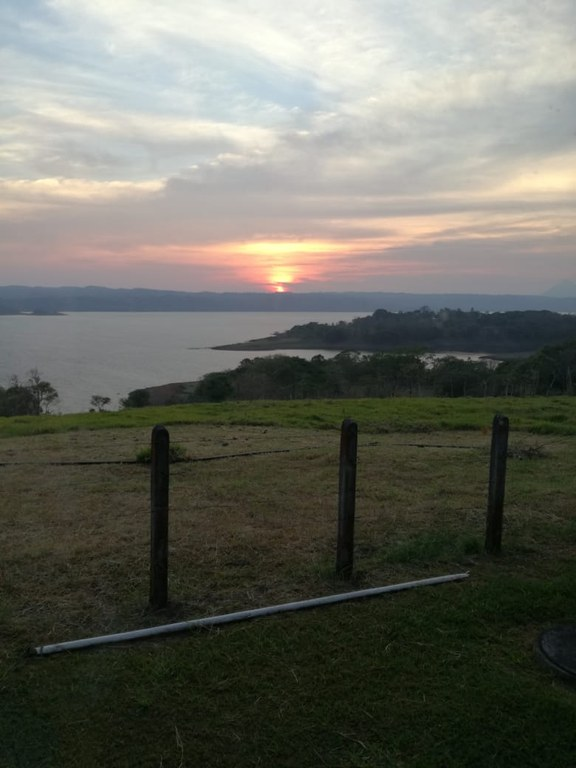 FINCA WILROX: Lakefront, Mountain and Countryside Agricultural Land For Sale in Tronadora