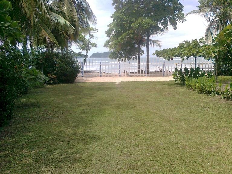 6000 - Maybe the last beachfront lot around!...need urgent sale!