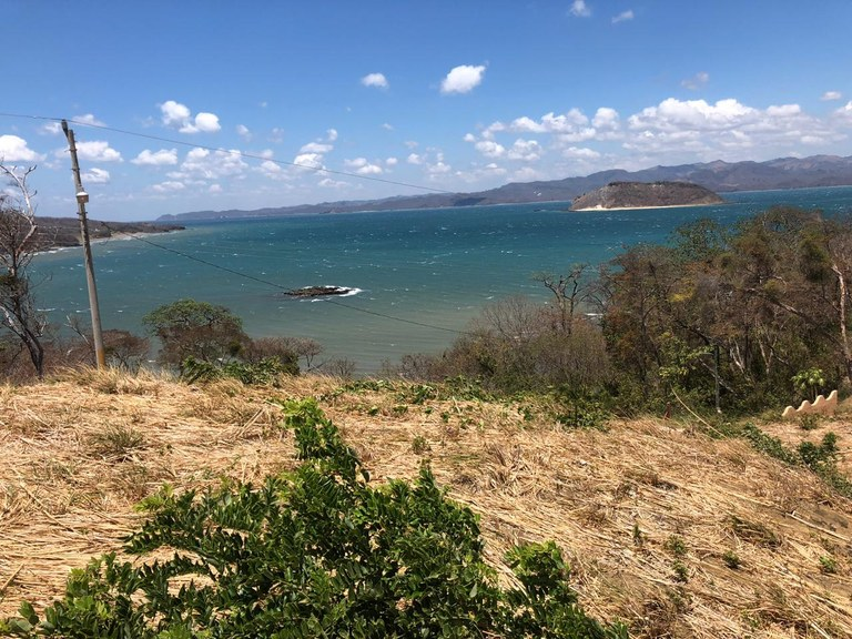 Lot with spectacular ocean view in Beach Copal