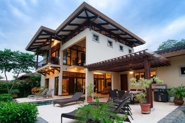 Reserva conchal luxury vacation rentals lep costa rica for Costa rica luxury rentals