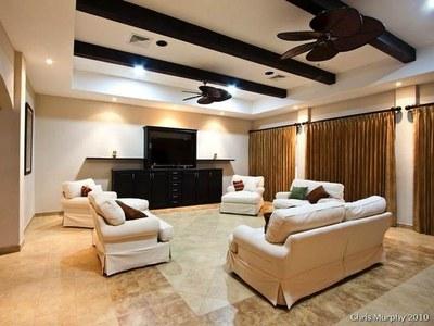 Living Room w/Big Screen TV