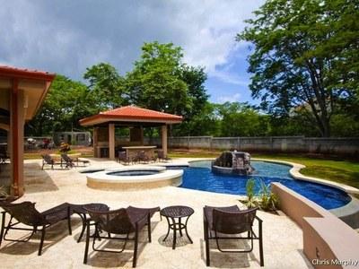 Pool Terrace w/Jacuzzi & BBQ Rancho