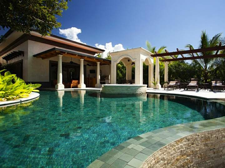 Casa serena beach front luxury vacation home at hacienda for Costa rica luxury rentals