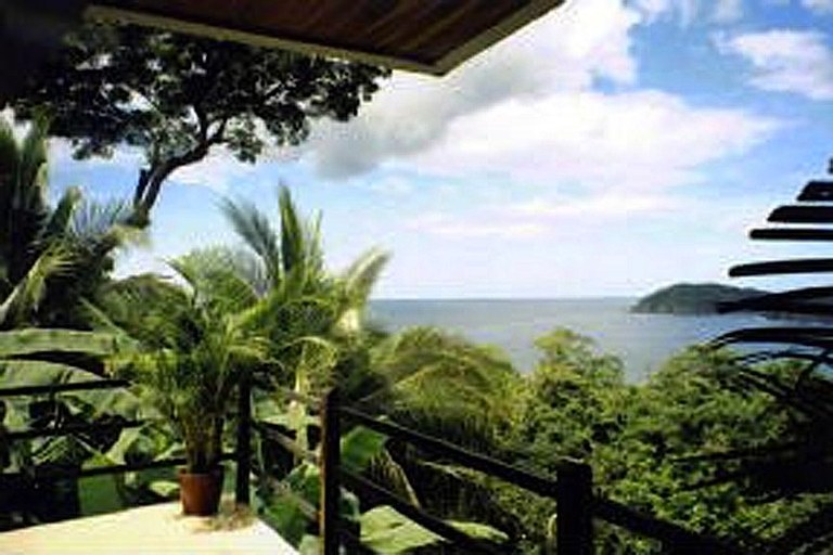 Casa Leon: Vacation Rental on Flamingo Costa Rica's Beautiful South Ridge