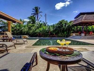 Pool Terrace & Rancho