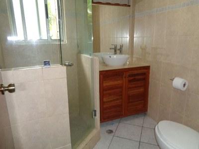 Flamingo Condo Rental-Bathroom