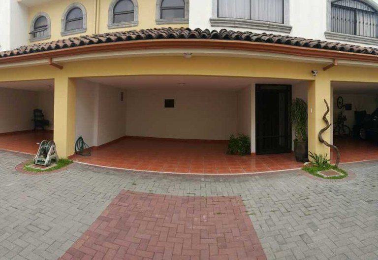 House For Rent in Pavas