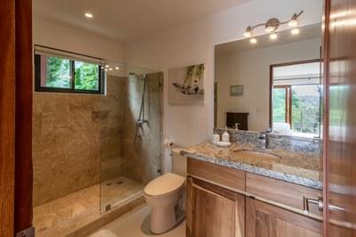 Casa Mega Bathroom