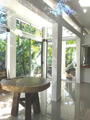 Aqua Apartment - Playa Potrero - Surfside Rental Home Dining Area