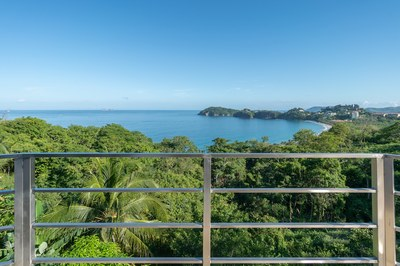 Sundeck Ocean View of Casa Jungle - Jungle House - Flamingo Beach Costa Rica Luxury Rental