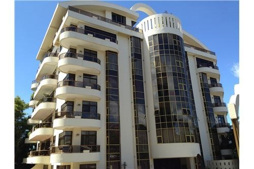 FULLY FURNISHED, 2 Bedroom Riverside Condominium with Panoramic Views