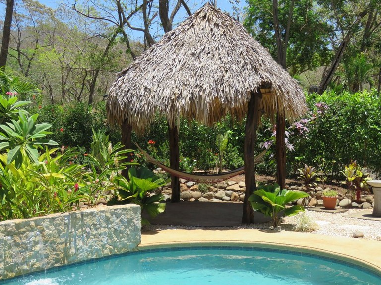Roca Blanca: Lovely 3 BR Home for rent with private pool, close to Playa Conchal!