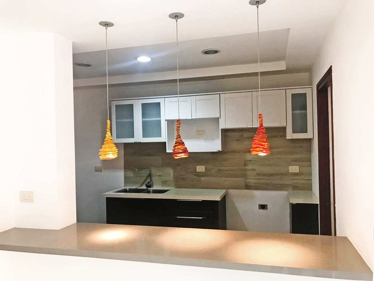 2 bedrooms condominium for rent Brasil de Mora Cuidad Colon