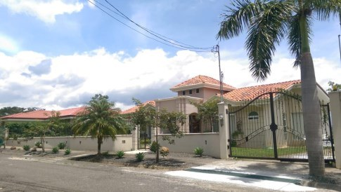 We Rent our Nice House in La Guacima