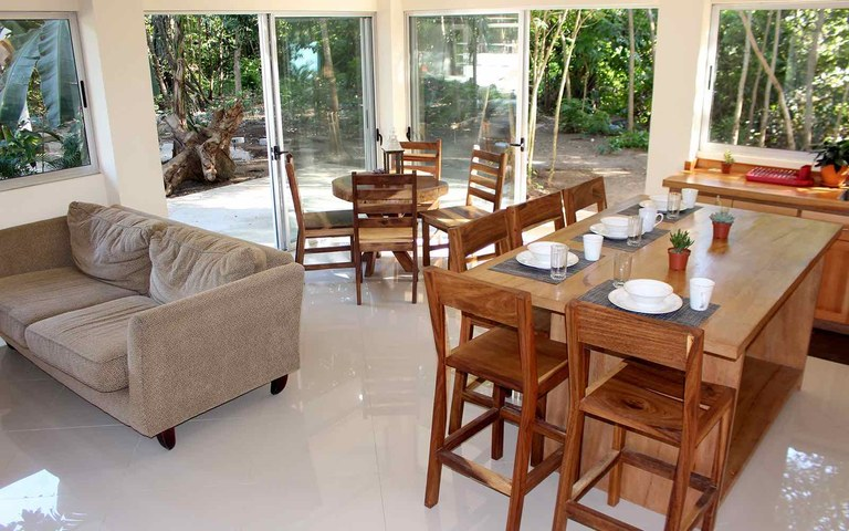 Casa Cedro: Spacious 2 Bed 2 Bath Riverfront Residence for Rent in Surfside / Playa Potrero