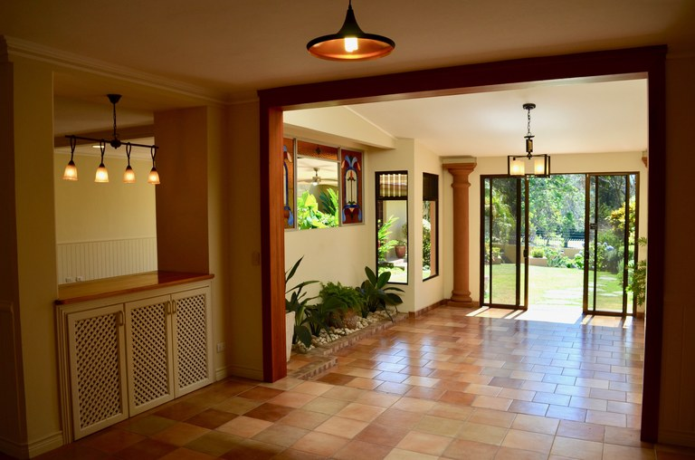 CARIARI COUNTRY CLUB: House For Rent in Cariari