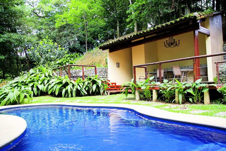 Furnished condominium for rent 2 rooms Brasil de Mora Cuidad Colon