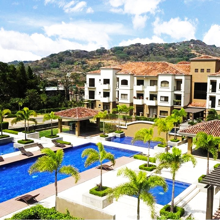 2 bedroom condominium for rent with appliances Santa Ana Pozos