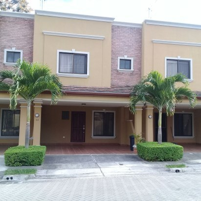 Apartment For Rent in Pozos