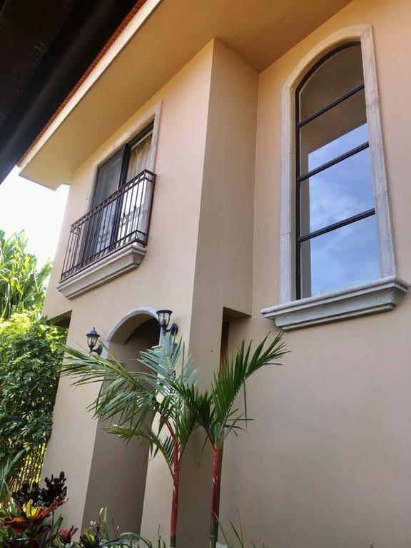 Apartment For Rent in Ciudad Colón