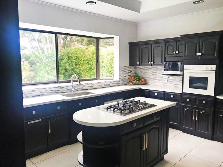 House for Rent in Condominium Bosques de Lindora Santa Ana