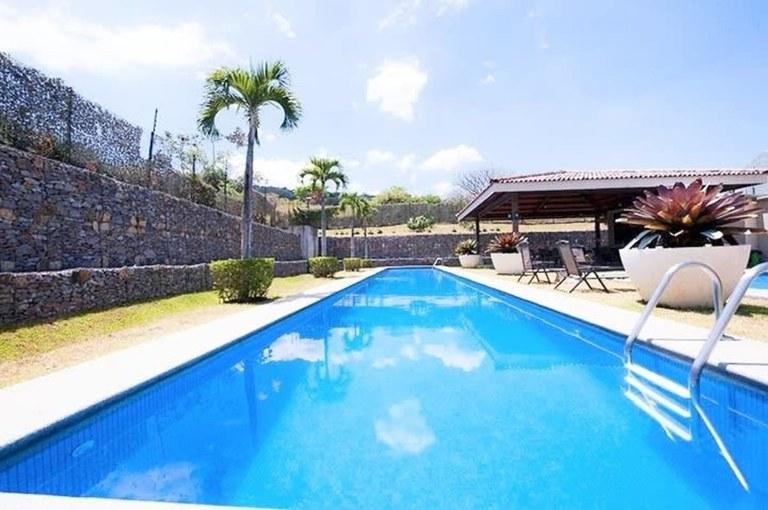 Contemporary Apartament for Rent 3 Rooms Brasil de Santa Ana