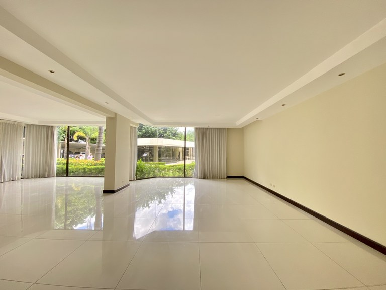 Modern Apartment for Rent 3 Rooms Escazu Bello Horizonte
