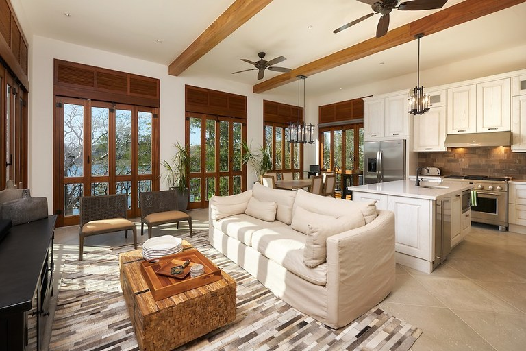 Oceanfront House For Rent in Las Catalinas