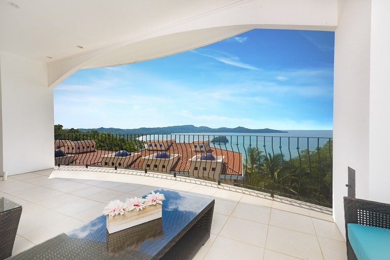 FLAMINGO TOWERS #17: Beautiful Ocean View Condominium for rent