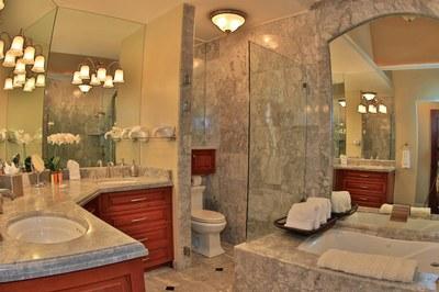 Bathroom of Beachfront 2 bedroom Luxury Villa for Rent in Playa Flamingo, Guanacaste